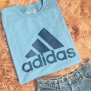 Adidas tee💦